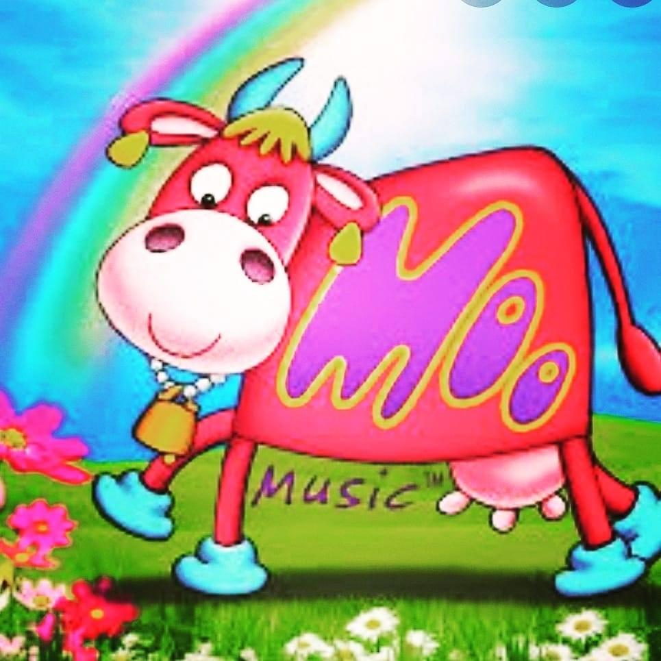 Moo Music Stratford plus Hatton, Wellesbourne and Kineton 's logo